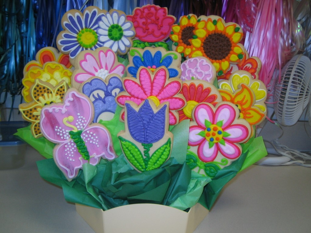 LARGE ASSORTED FLOWERS