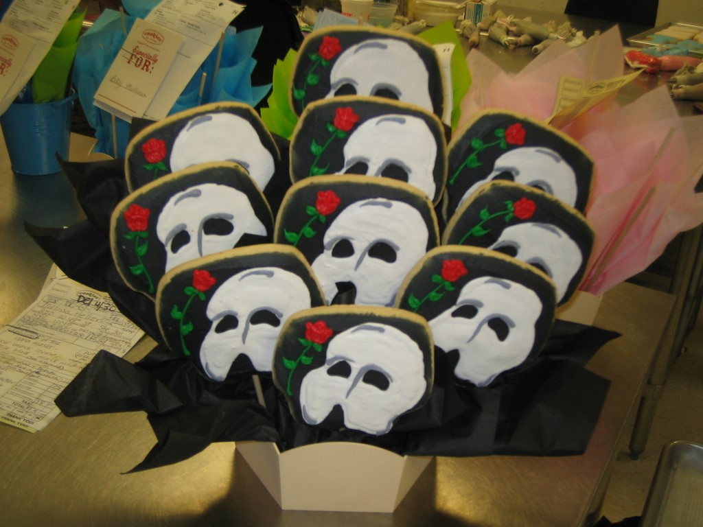 PHANTOM OF OPERA MASK 02